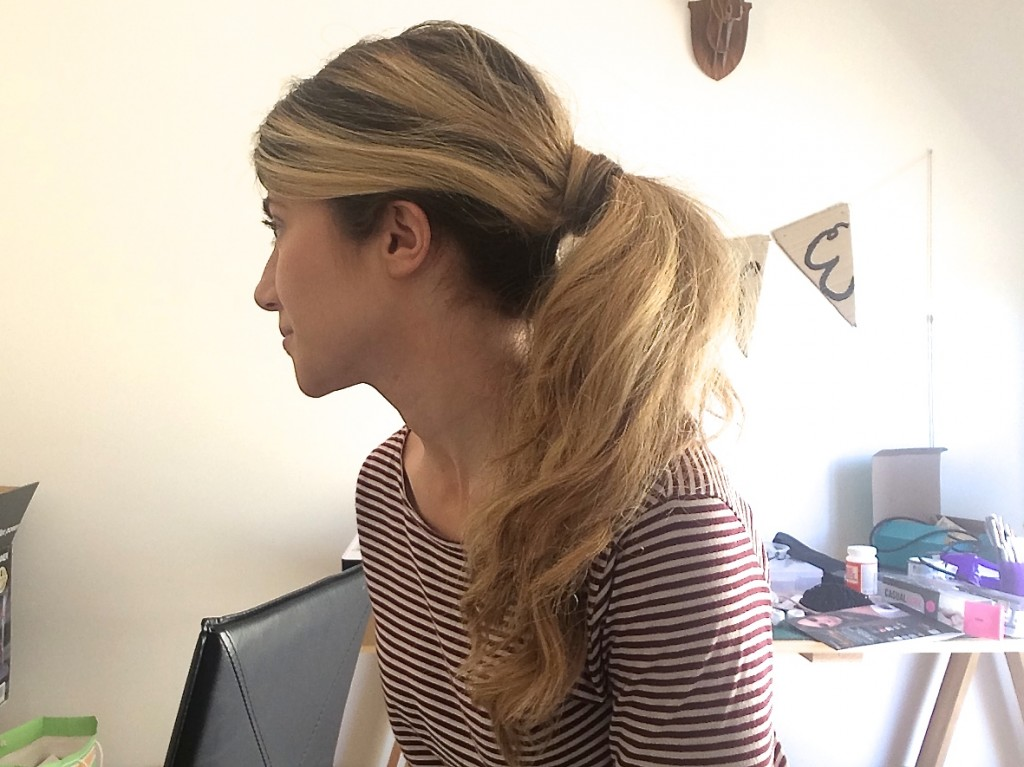 easy-messy-ponytail